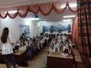 Волонтеры-медики проводят лекцию для студентов медицинского колледжа